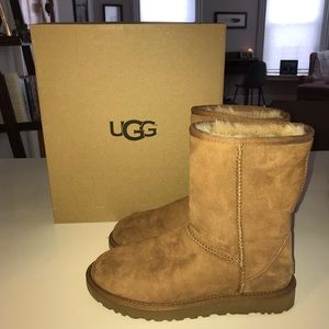 UGG Boots size 7, like new